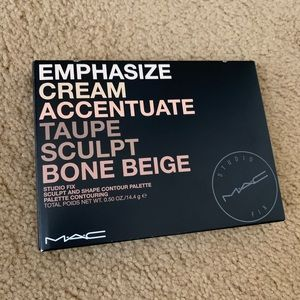 MAC studio fix sculpt & shape contour palette